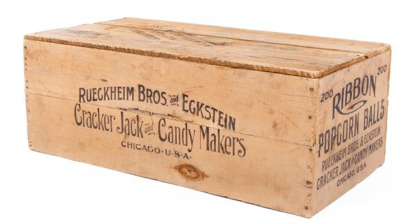 vintage-toys-cracker-jack-candy-crate