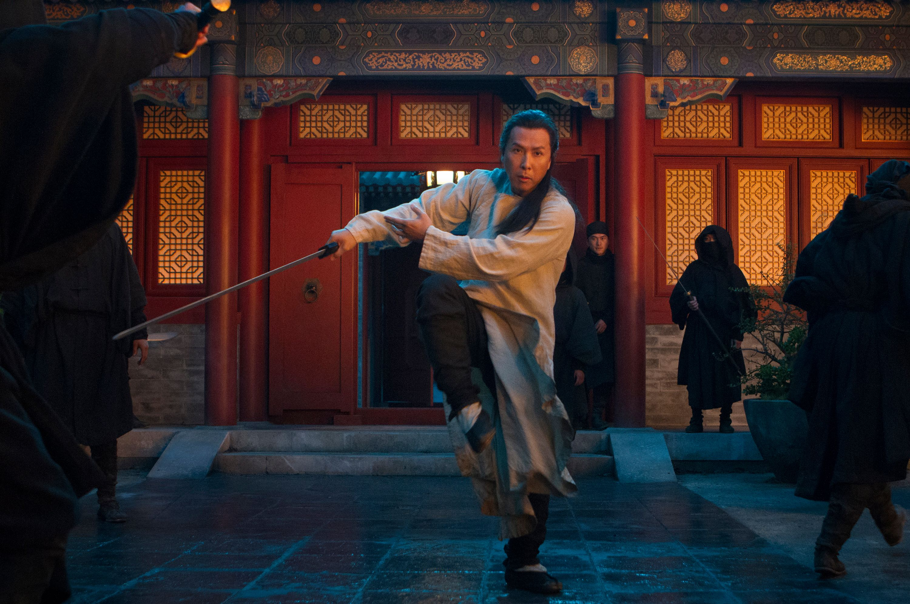 essay on crouching tiger hidden dragon Critics across america are hailing ang lee's luminous martial-arts fantasy epic  crouching tiger, hidden dragon as one of the best films of 2000 — many.