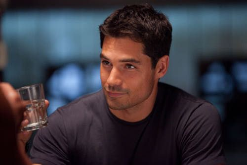 d-j-cotrona-superman-justice-league