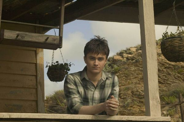 daniel_radcliffe_december_boys_movie_image__5_