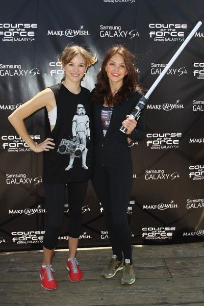 danielle-panabaker-aimee-teegarden-course-of-the-force