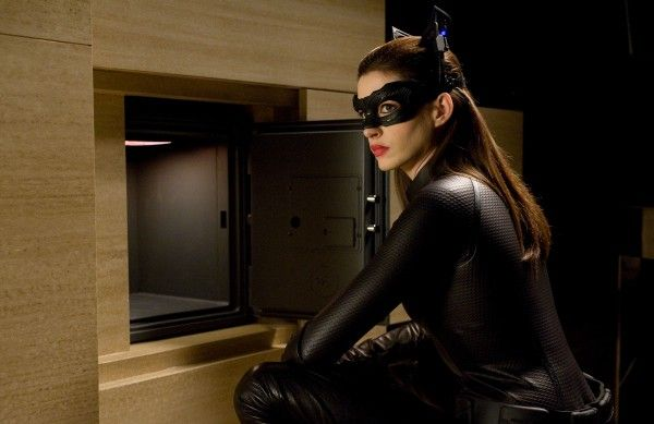 dark-knight-rises-catwoman-anne-hathaway