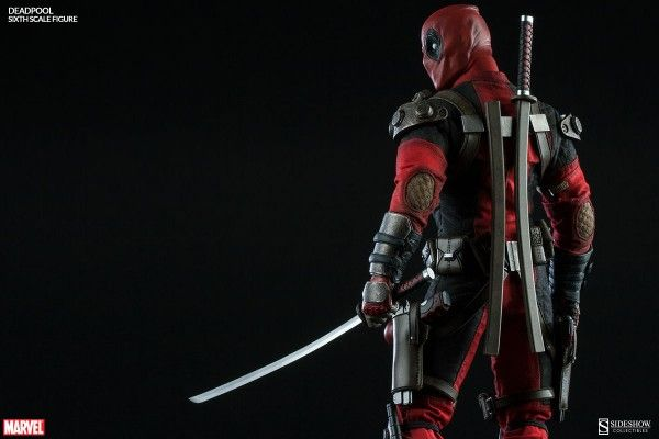 deadpool-sideshow-collectibles-8
