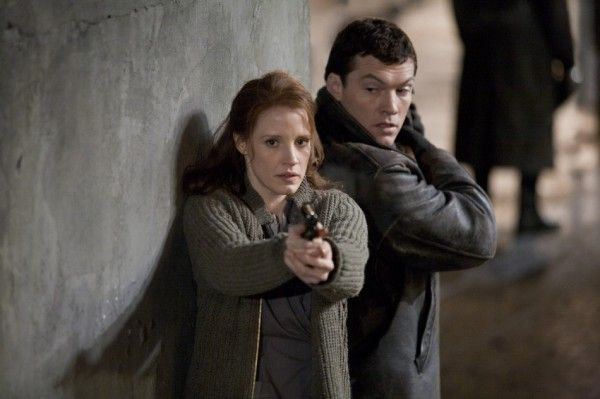 debt-movie-image-jessica-chastain-sam-worthington-01