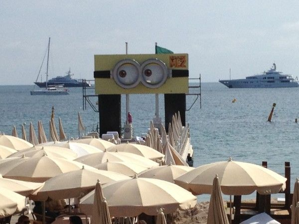 despicable-me-2-sign-cannes