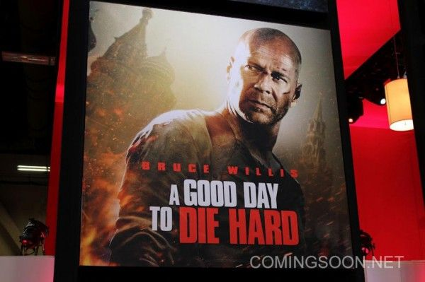 die-hard-5-poster-banner-licensing-expo