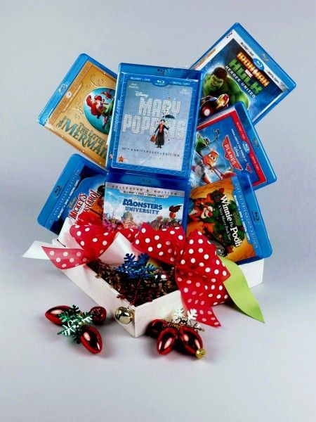 disney-holiday-gift-basket