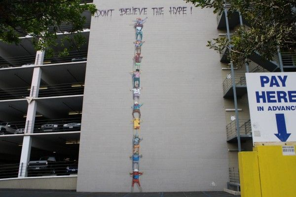 dont-believe-the-hype-banksy
