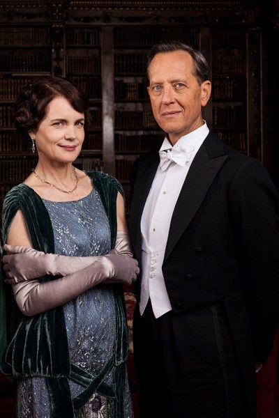 downton-abbey-season-5-elizabeth-mcgovern-richard-e-grant