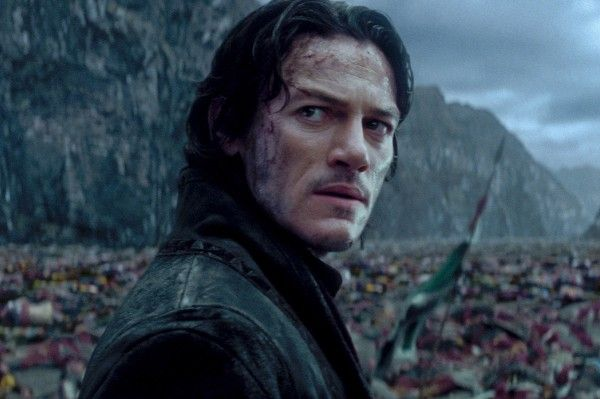 dracula-untold-luke-evans-the-crow