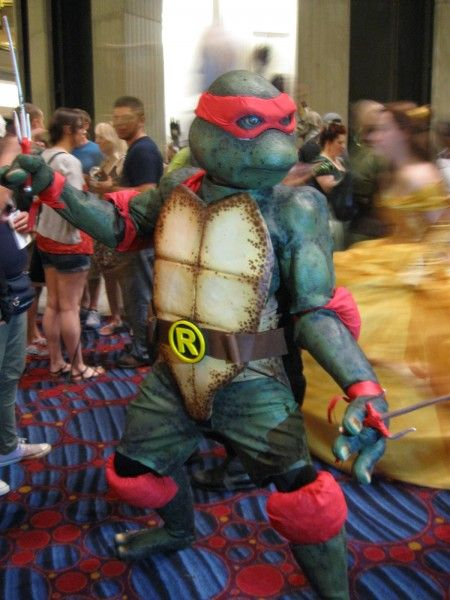 dragoncon-cosplay-tmnt-raphael