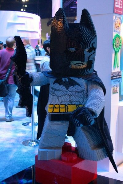 e3-2014-lego-batman-3