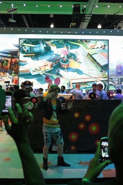 e3-2014-xbox-sunset-overdrive-booth-1