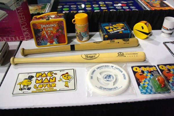 e3-vintage-gaming-pac-man-dragons-lair