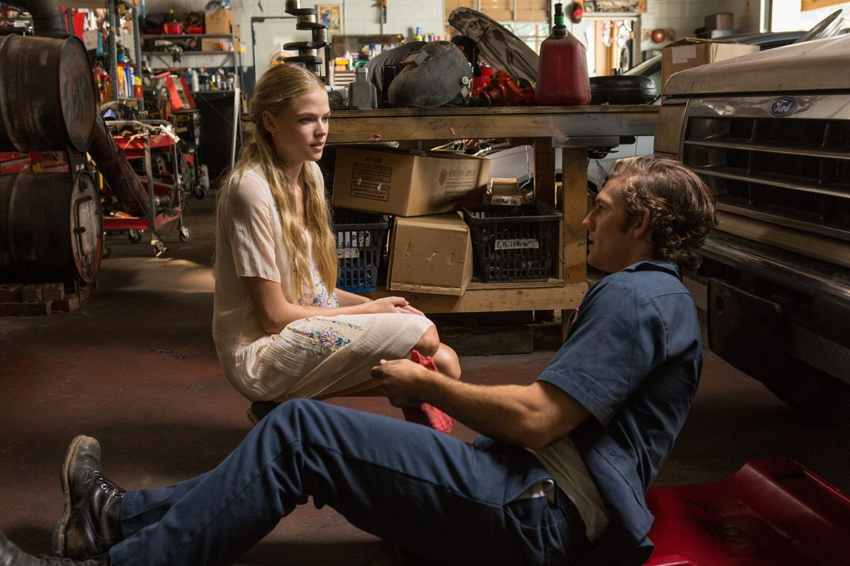 gabriella wilde and alex pettyfer wwwpixsharkcom