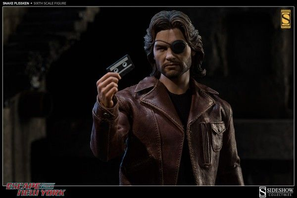 escape-from-new-york-snake-plissken-collectible-2