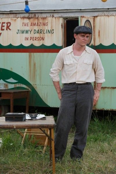 evan-peters-american-horror-story-freak-show