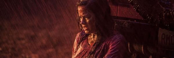 evil-dead-jane-levy-blood-rain-slice