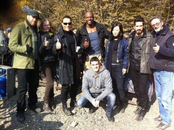 expendables-2-set-photo-2