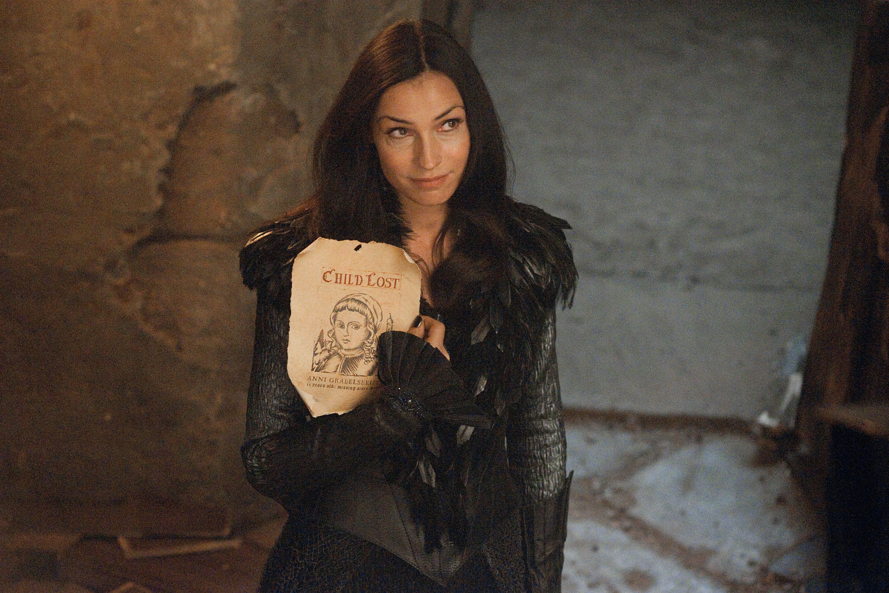 Famke Janssen Talks HANSEL AND GRETEL: WITCH HUNTERS, X-MEN ...