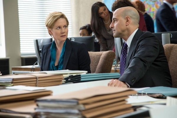 fifth-estate-laura-linney-stanley-tucci
