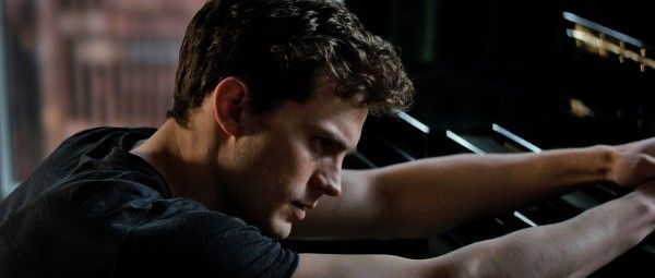 http://cdn.collider.com/wp-content/uploads/fifty-shades-of-grey-jamie-dornan2-600x255.jpg