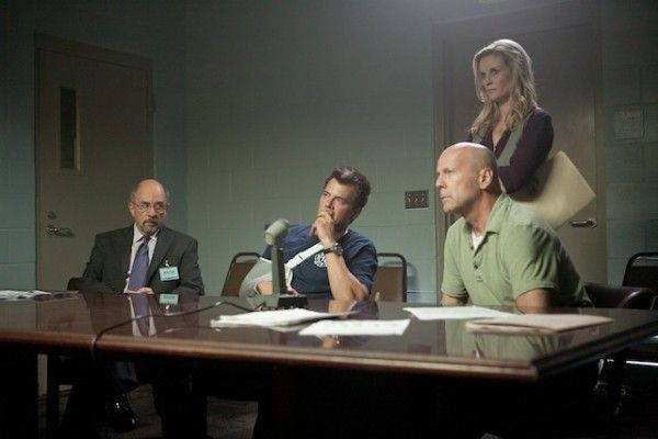 fire-with-fire-movie-image-richard-schiff-josh-duhamel-bruce-willis-01