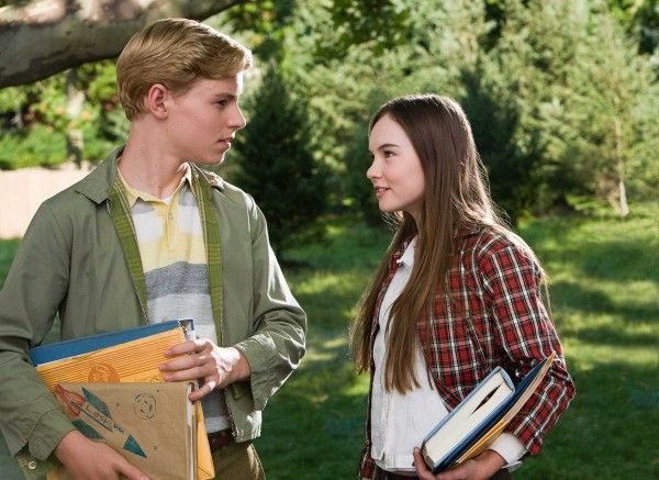flipped_movie_image_callan_mcauliffe_madeline_carroll_02