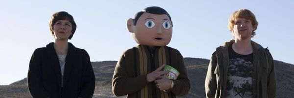 frank-maggie-gyllenhaal-michael-fassbender-domhnall-gleeson-slice