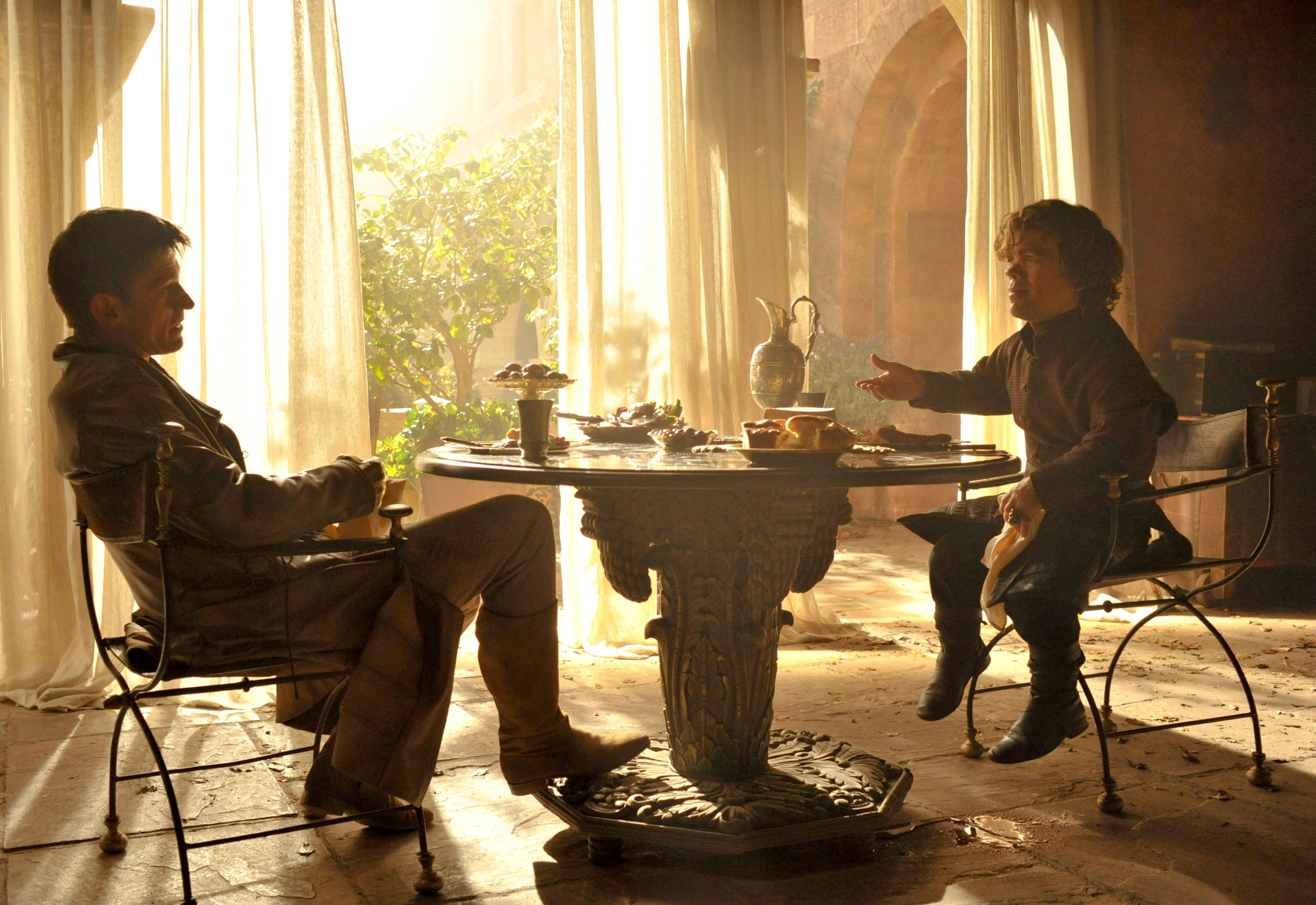 game of thrones season 4 alex graves interview collider. Black Bedroom Furniture Sets. Home Design Ideas