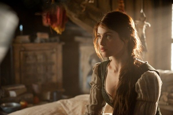 gemma-arterton-hansel-and-gretel-witch-hunters