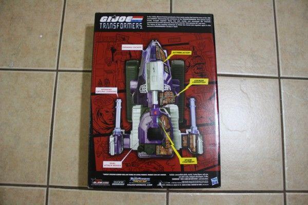 gijoe-transformers-hiss-tank-comic-con (2)