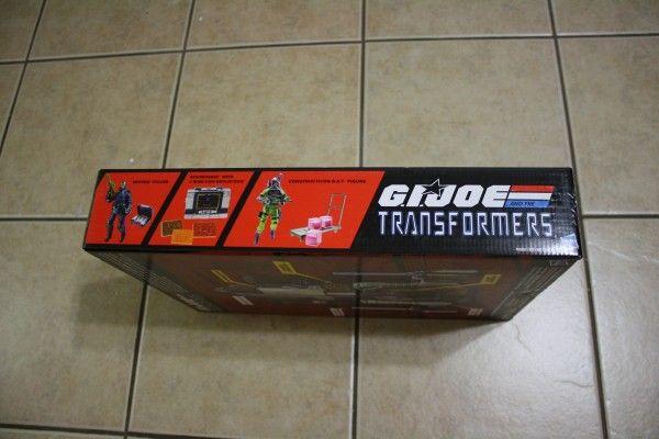 gijoe-transformers-hiss-tank-comic-con (4)