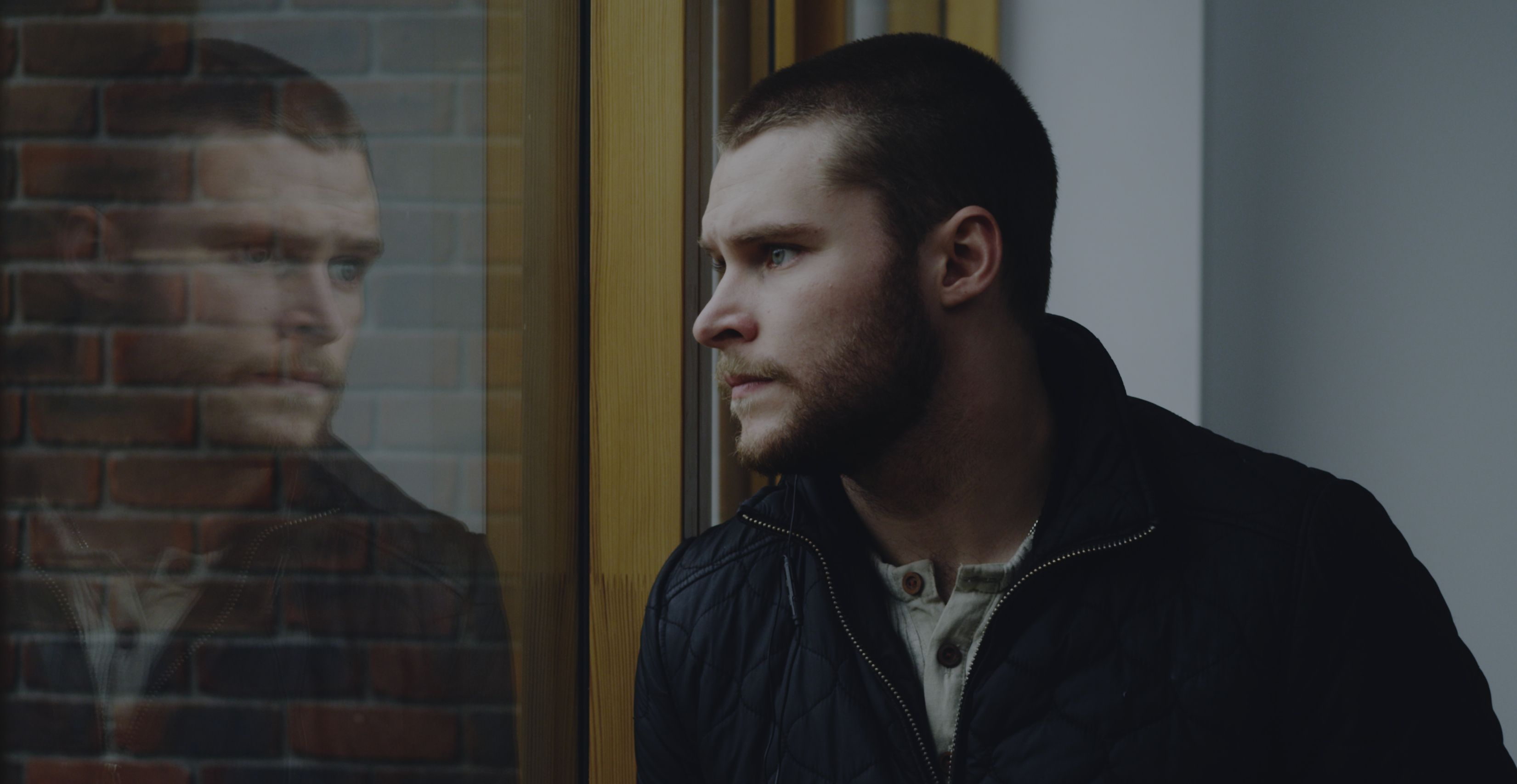 glassland trailer and images with jack reynor and toni