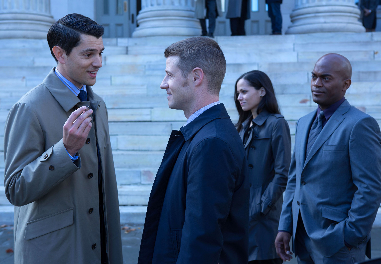Batwoman Season 3 Casts Gotham's Victoria Cartagena in a Familiar Role