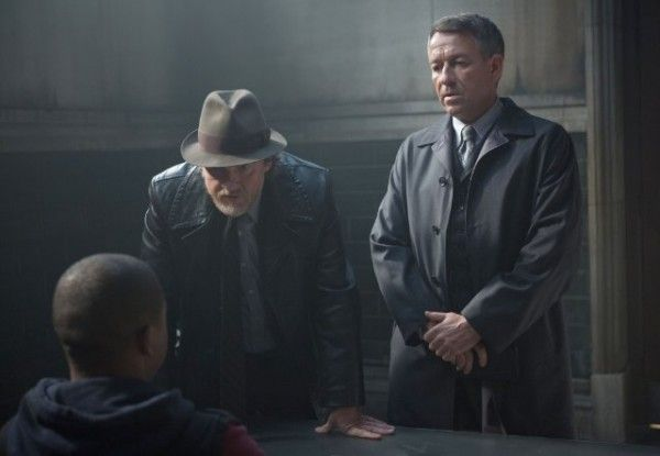 gotham-lovecraft-donal-logue-sean-pertwee