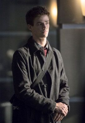 grant-gustin-arrow