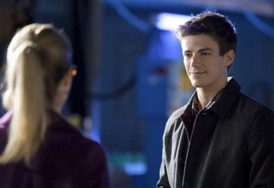 grant-gustin-emily-bett-rickards-arrow