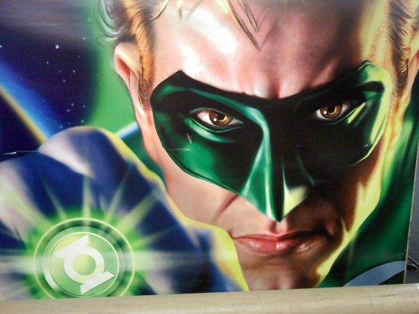 green_lantern_warner_bros_lot_poster_01