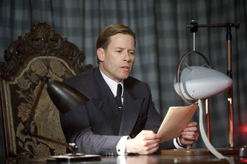 guy-pearce-kings-speech-image-2