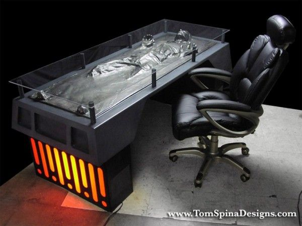 han-solo-carbonite-desk-image-2