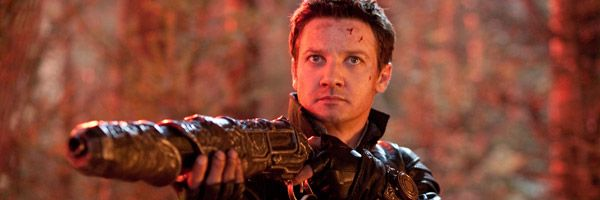 hansel-and-gretel-witch-hunters-jeremy-renner-slice
