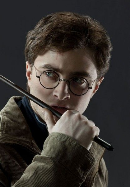 harry_potter_and_the_deathly_hallows_movie_promo_image_07