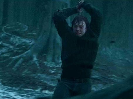 harry_potter_deathly_hallows_trailer_05