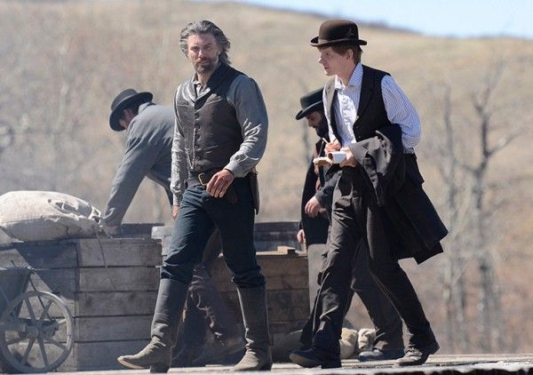hell-on-wheels-season-3-episode-2-anson-mount-ben-esler