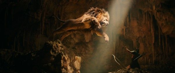 hercules-dwayne-johnson-lion