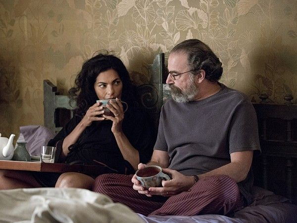 homeland-red-wheelbarrow-mandy-patinkin