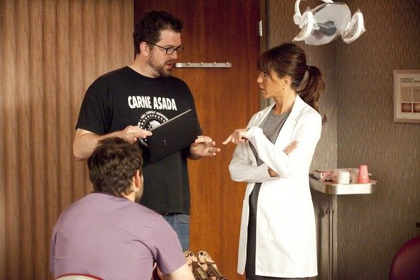 horrible-bosses-set-photo-seth-gordon-jennifer-aniston