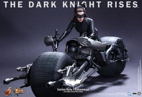 hot-toys-catwoman-selina-kyle-the-dark-knight-rises