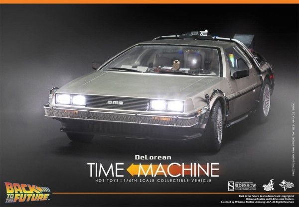 hot-toys-delorean-7
